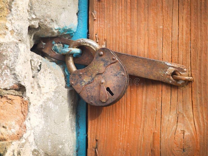 古老取决于的锁 免版税库存图片