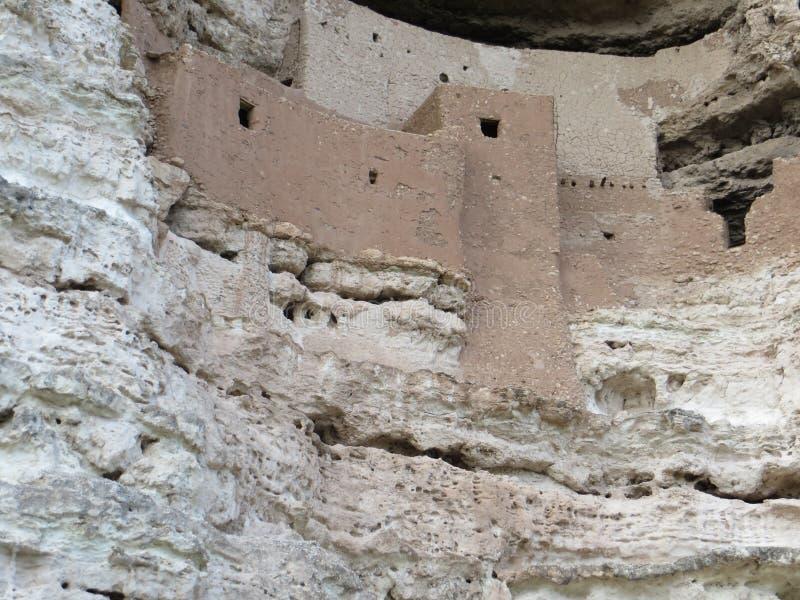 古老哥伦布发现美洲大陆以前窑洞在亚利桑那 免版税库存图片