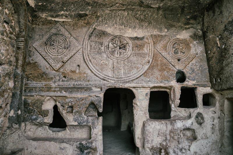 古老基督教会在Goreme国家公园,卡帕多细亚,土耳其 免版税库存照片