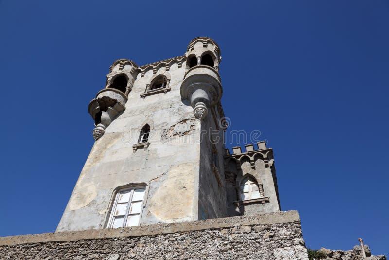 古老塔在塔里法角,西班牙 库存照片