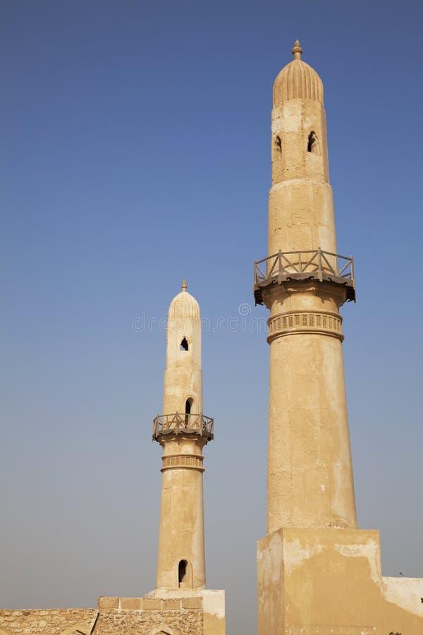 古老巴林khamis尖塔清真寺 库存图片