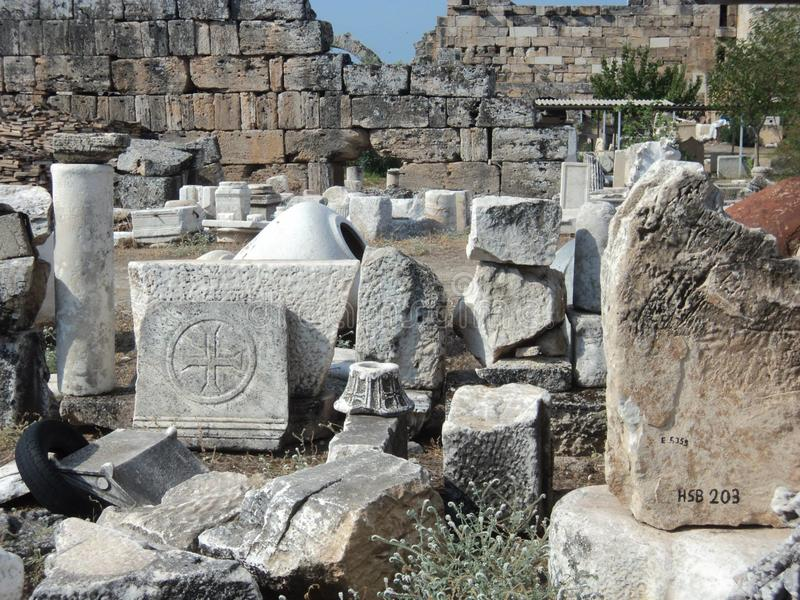 古老市的废墟Hierapolis 火鸡 棉花堡 免版税库存图片