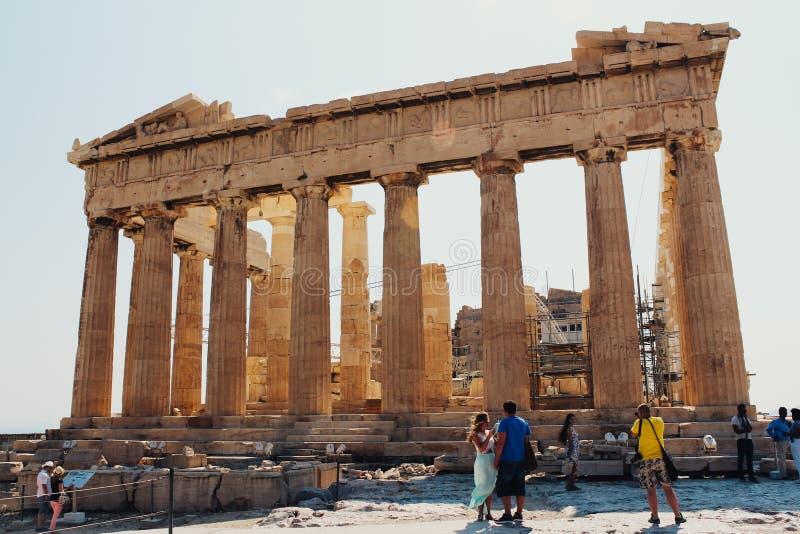 古老建筑学上城在雅典,希腊 免版税图库摄影