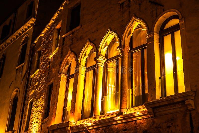 古老意大利传统窗口 免版税图库摄影