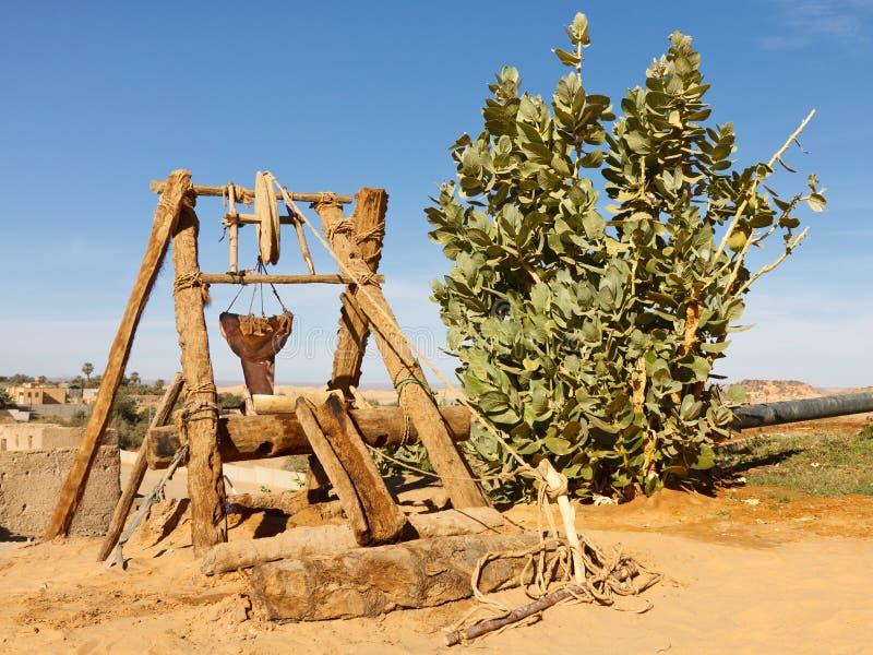 古老沙漠撒哈拉大沙漠井 免版税图库摄影
