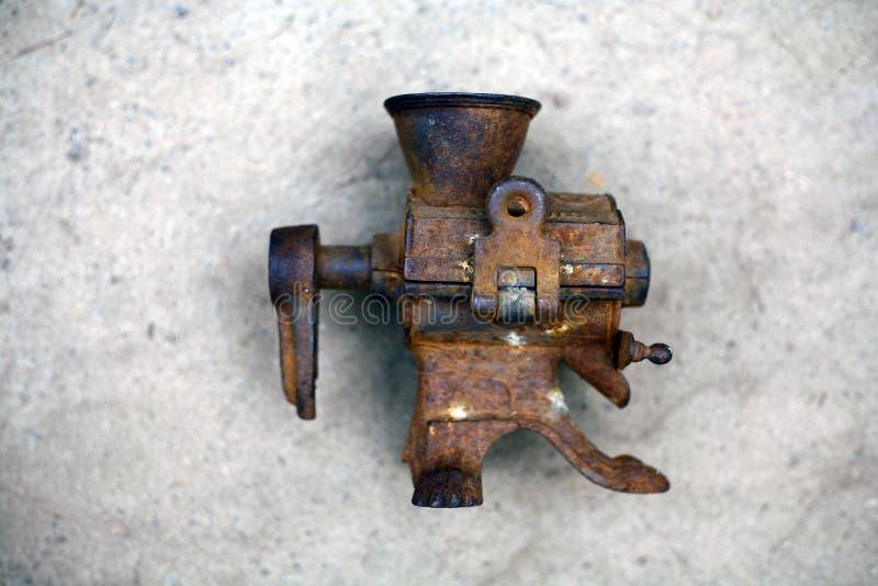 古老的金属对象 库存图片