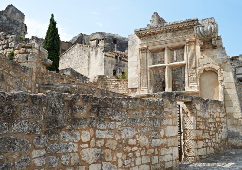Download 古老结构baux de普罗旺斯 库存照片. 图片 包括有 建筑, 镇痛药, 遗骸, 石头, 村庄, 布琼布拉 - 22351454