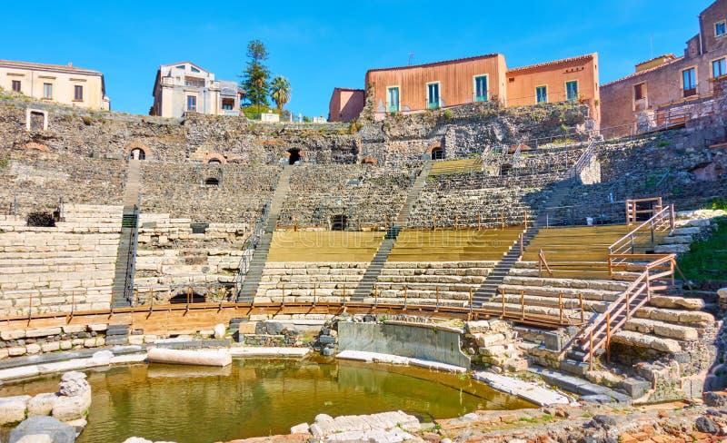 古老罗马剧院在卡塔尼亚 库存照片