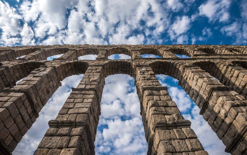 古老罗马渡槽在塞戈维亚,卡斯蒂利亚y利昂,西班牙 库存图片