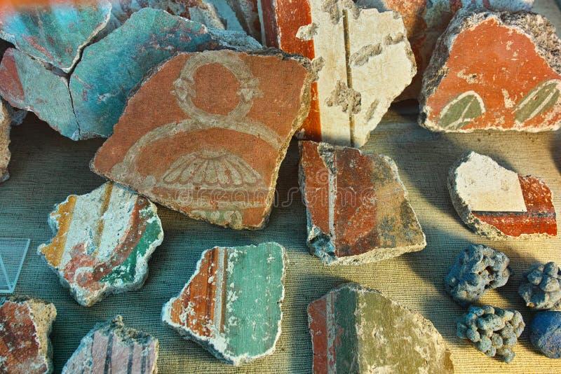古老罗马瓦器碎片 免版税库存照片