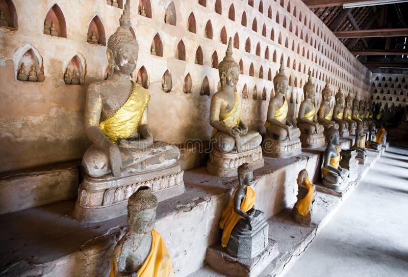 古老菩萨雕塑 免版税图库摄影