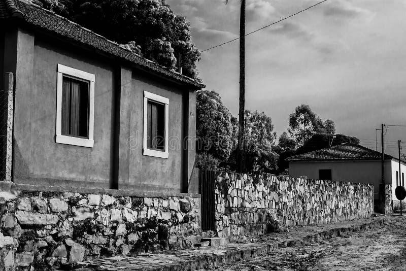 古老街道和房子 免版税库存照片