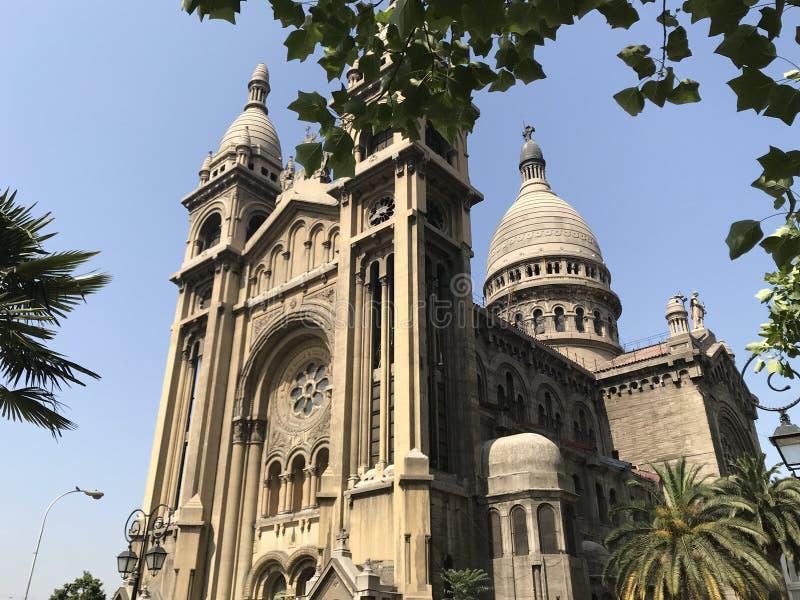 古老被建立的教会建筑学在智利 免版税库存照片