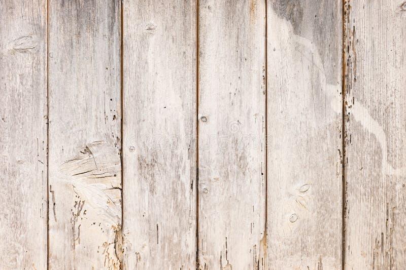 古老被风化的灰色木墙壁背景纹理 免版税库存图片