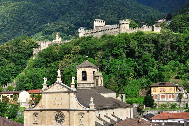 古老贝林佐纳城堡教会瑞士 免版税图库摄影