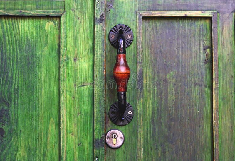 古老门把手在第比利斯,乔治亚 库存照片