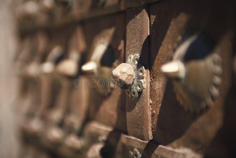 古老门 免版税库存照片