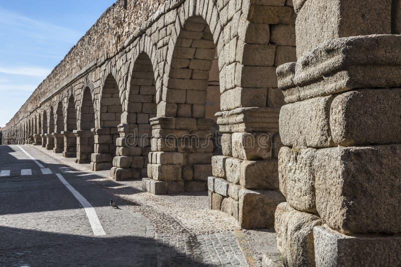 古老,罗马渡槽在塞戈维亚,西班牙 库存图片