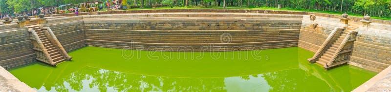 古老水池的全景 库存图片