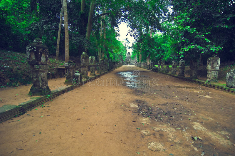 古老angkor路径索马里兰石头ta寺庙wat 免版税库存照片