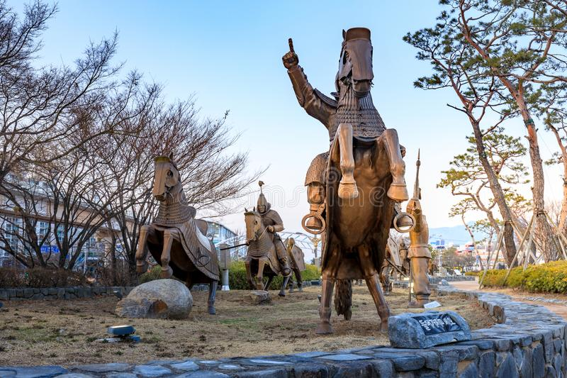 古老Garak遗产雕象在路的在金海,庆尚南道 免版税库存图片