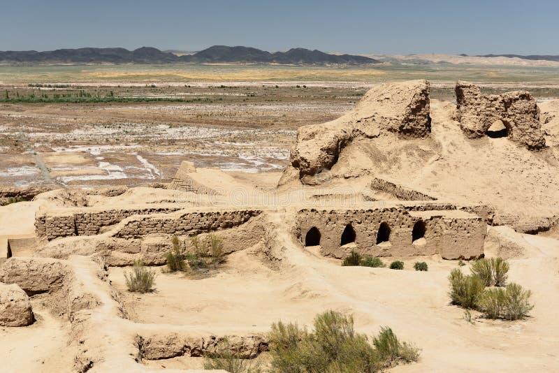 古老Khorezm –托普拉克-卡拉,乌兹别克斯坦废墟堡垒  库存照片