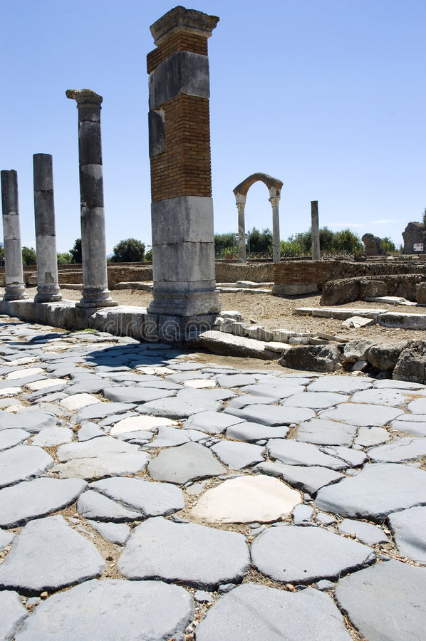 古老minturno罗马废墟 免版税图库摄影