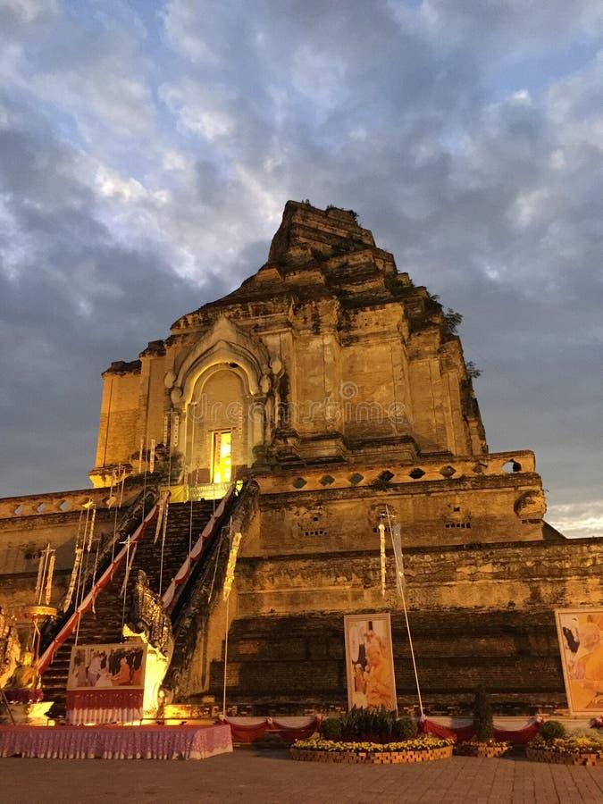 古老stupa 免版税库存图片