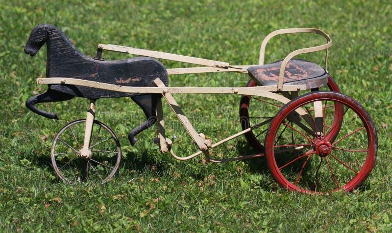 古色古香的三轮车 库存照片