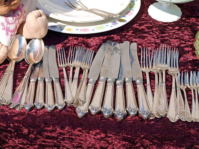 古色古香的刀叉餐具银器 免版税库存图片