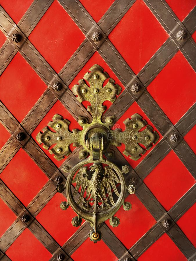 古色古香的华丽入口城堡门 免版税库存照片
