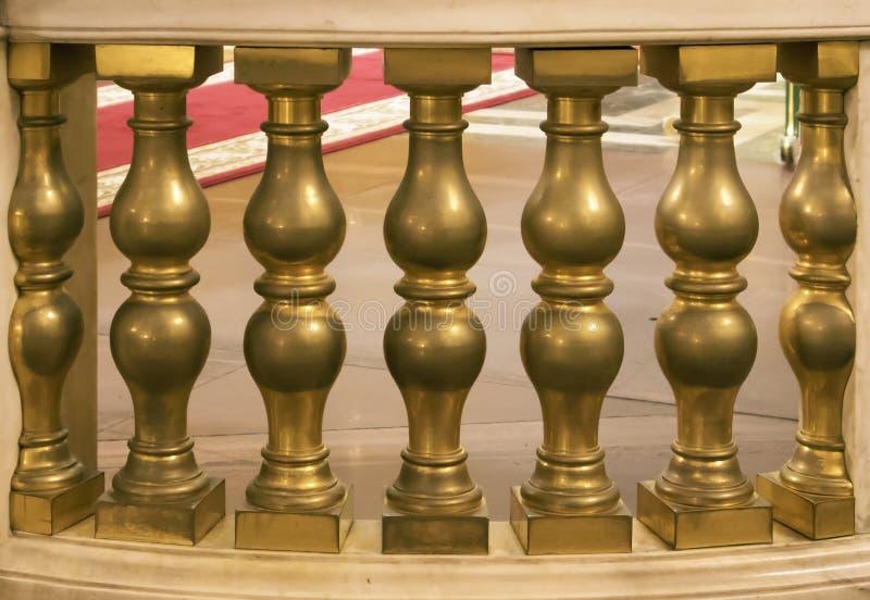 古色古香的古铜计算栏杆的支,装饰操刀 免版税库存图片