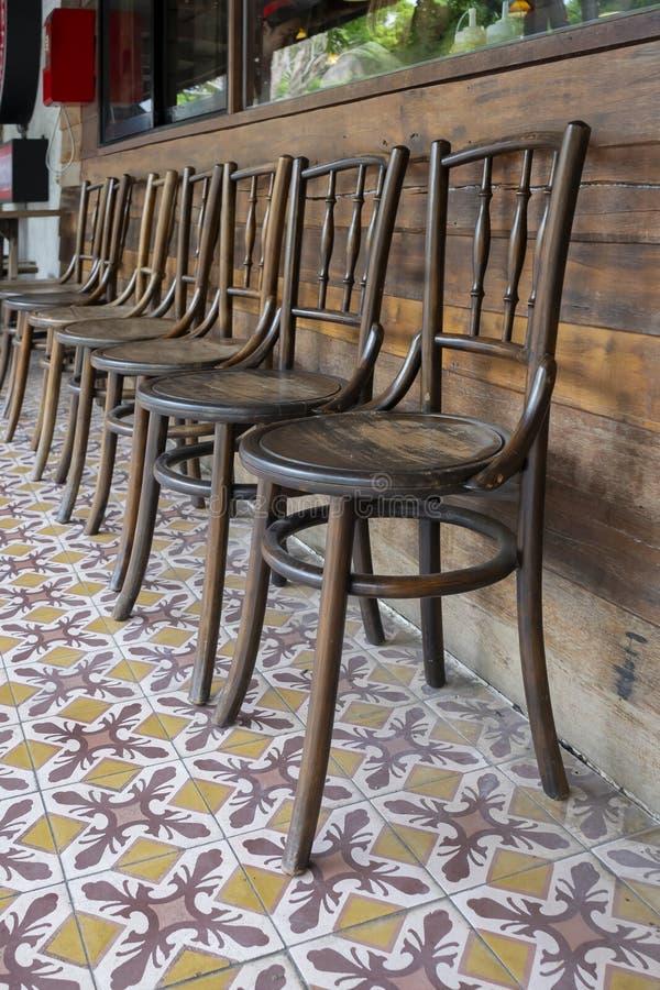 古色古香的套木椅子装饰葡萄酒样式 免版税库存图片