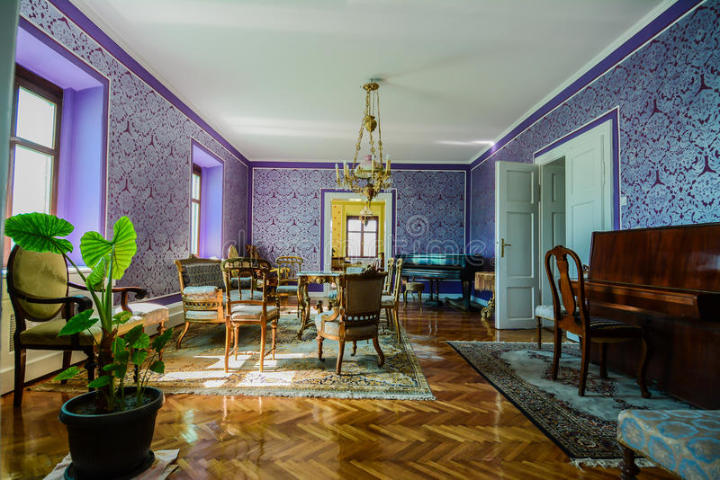 古色古香的客厅 免版税库存图片