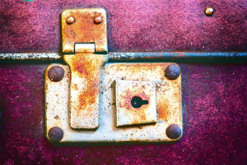古色古香的手提箱, Ð ¾ ld葡萄酒树干 免版税图库摄影