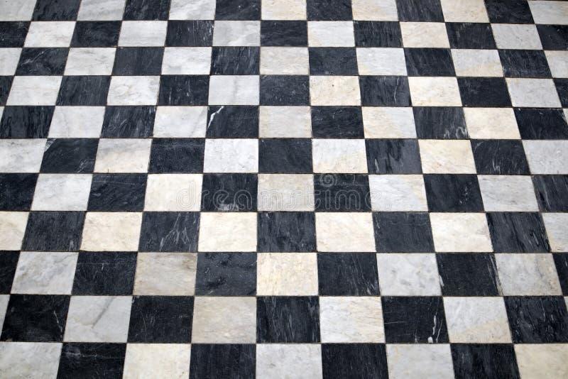 古色古香的方格的大理石地板,黑白瓦片 库存照片