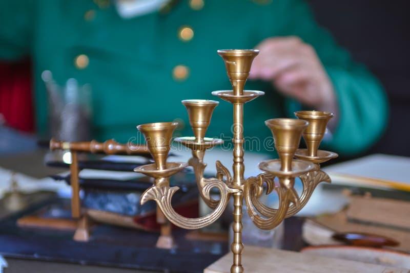 古色古香的烛台特写镜头 图库摄影