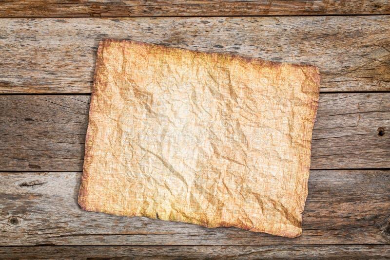 古色古香的纸被弄皱的板料  库存照片