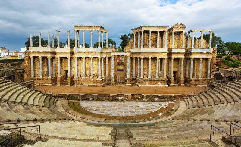 古色古香的罗马剧院废墟  免版税库存照片