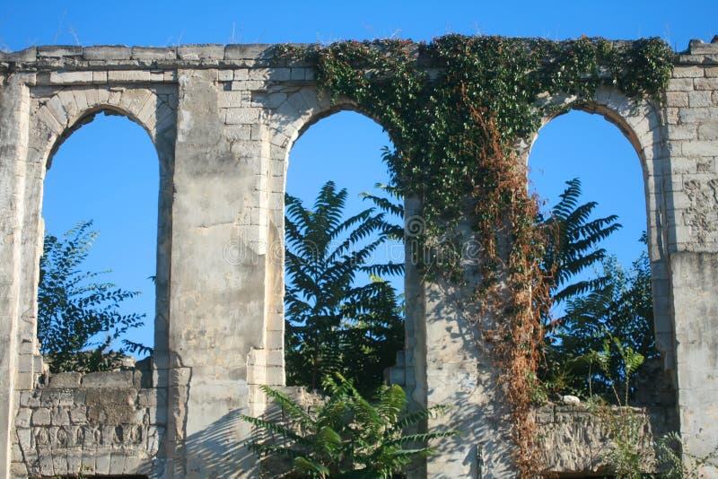 古色古香的老大厦 葡萄酒房子 异乎寻常的废墟 免版税库存图片