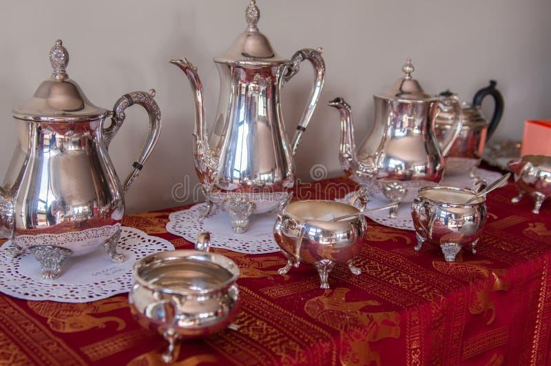 古色古香的茶具 免版税库存图片