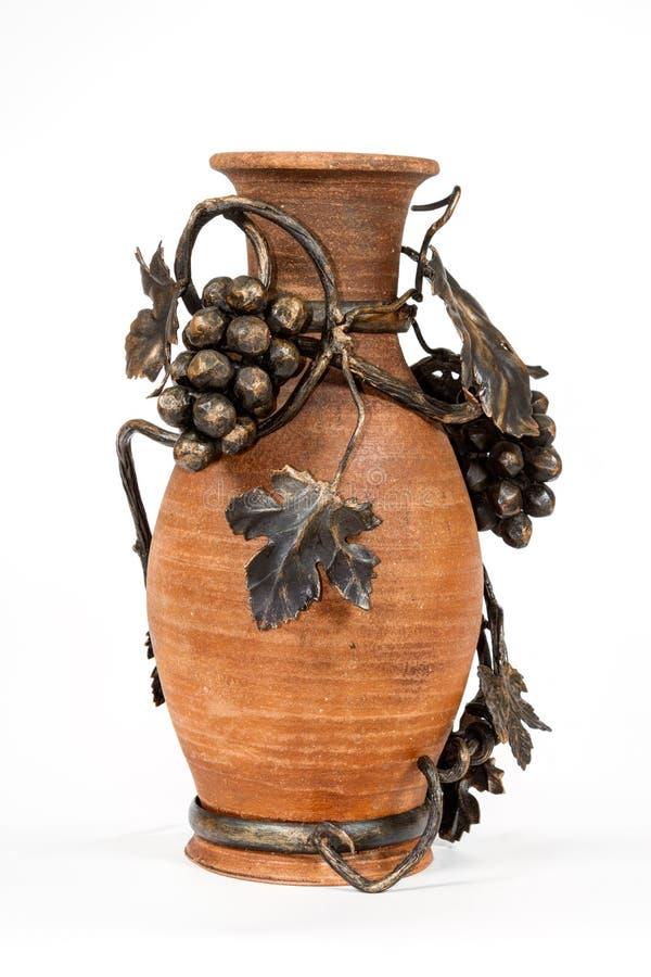古色古香的葡萄酒斯拉夫的陶器水罐,时间表国民装饰品 免版税库存图片