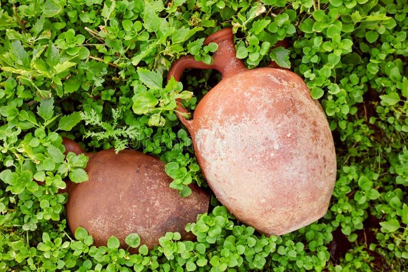 古色古香的黏土水罐 免版税库存照片