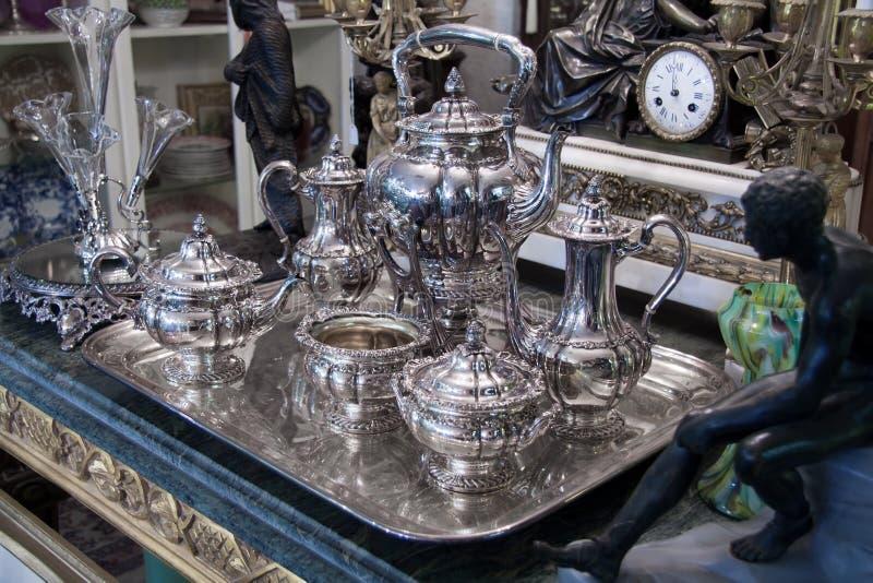古董集合银色纯正的茶 免版税库存图片