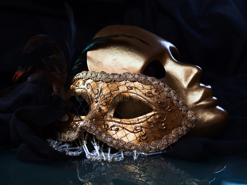 古金色威尼斯式面具 库存图片