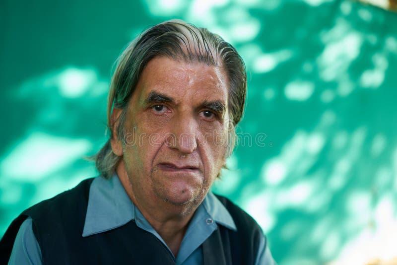 从古巴的人情感哀伤的担心的沮丧的西班牙人 免版税库存照片