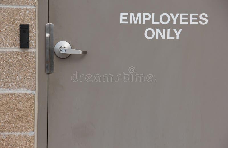 只有雇员的入口 免版税库存图片