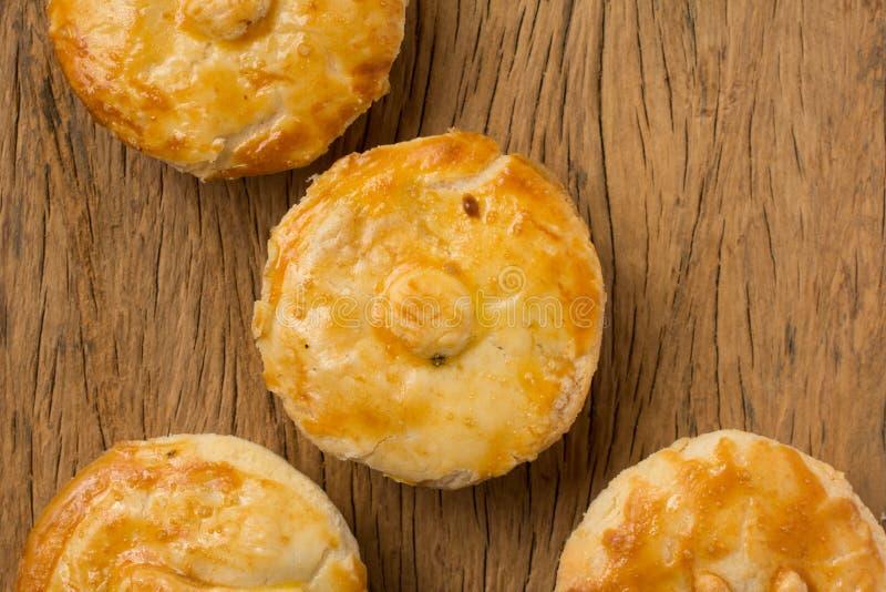 叫作Empada的被充塞的鸡饼在葡萄牙和巴西 Grou 库存照片