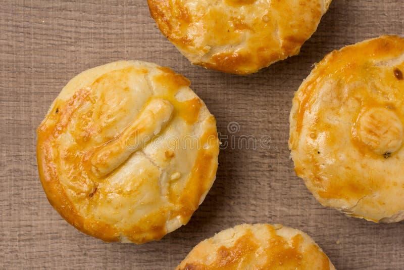 叫作Empada的被充塞的鸡饼在葡萄牙和巴西 Snac 库存图片