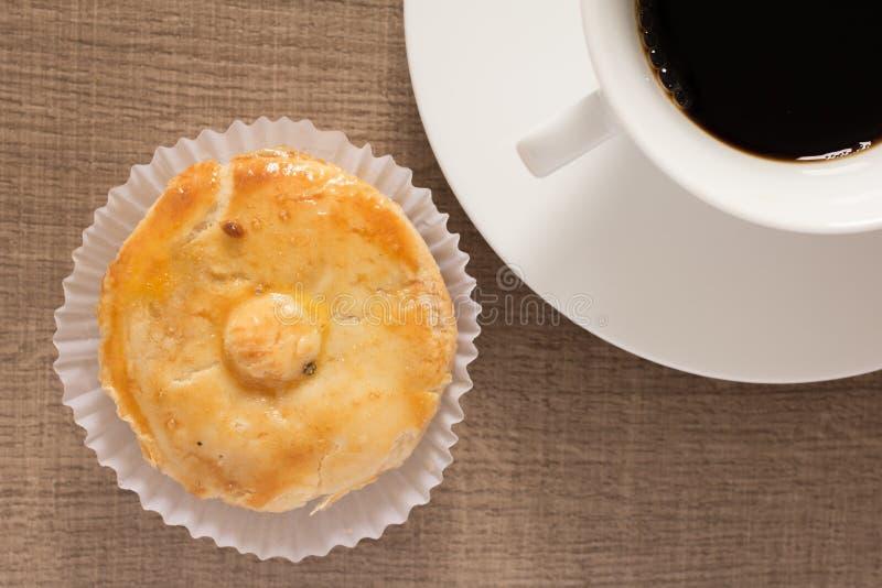 叫作Empada的被充塞的鸡饼在葡萄牙和巴西 Snac 库存照片